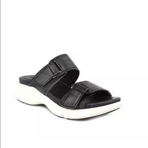 Bussola Black Leather Sandals with Velcro Straps